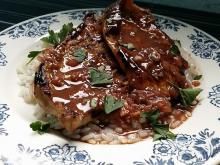 Tender Veal Steaks with Wine Sauce