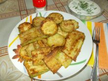 Crunchy Zucchini with Garlic Sauce
