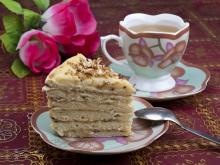 Biscuit Cake with Coffee Cream