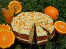 Cake with Oranges and Glaze
