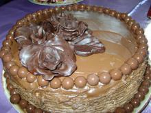 Chocolate and Roses Cake