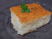 Turkish Cake with Yoghurt and Semolina