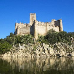 Chicago map,  Chicago location - Almourol Castle