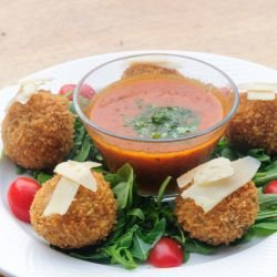 Arancini with Bacon (Rice Balls)