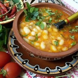 Spicy Bean Stew with Spearmint and Mint
