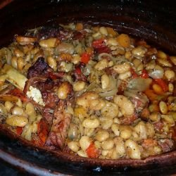 Beans with Smoked Ribs in a Clay Pot