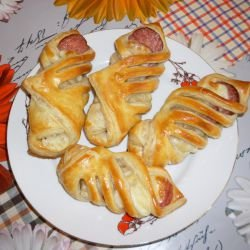 Puff Pastry Bites with Salami and Cheese