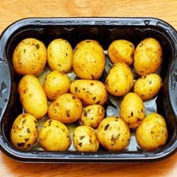 Shaken Potatoes with Herbs