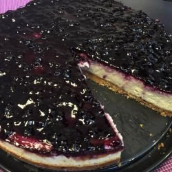 Easy Cheesecake with Blueberry Jam