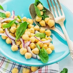 Chickpea Salad with Red Onions