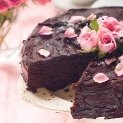 Cake with Milk Chocolate