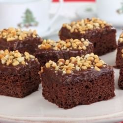 Fudge with Chocolate and Walnuts