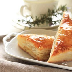 Cheese Pies with Olives