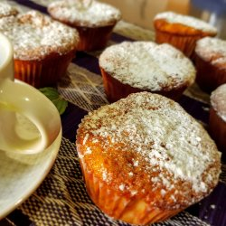 Airy Muffins with Jam