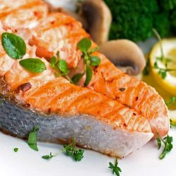 Salmon Steak with Parsley Sauce