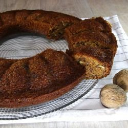 Fine Cake with Walnuts and Jam