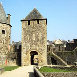 Moscow map,  Moscow location - Fougeres Castle