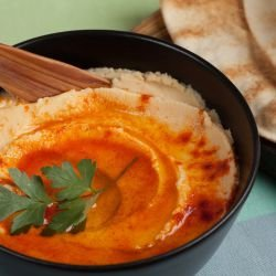 Hummus with Cayenne Pepper