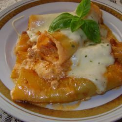 Cannelloni with Mince and Basil Mozzarella