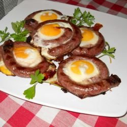 Grilled Thin Sausages with Eggs