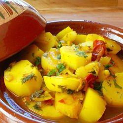 Economical Dish with Potatoes and Onions