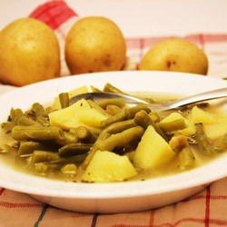 Oven-Stewed Green Beans with Potatoes