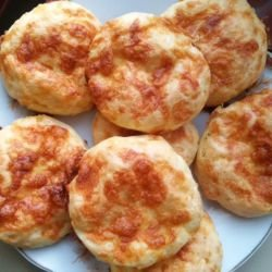 Country-Style Cheese Buns