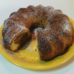 Cake with Cinnamon, Cocoa and Powdered Sugar
