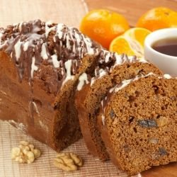 Orange Cake with Walnuts and Cocoa