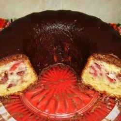 Cake with Strawberries and Chocolate Sauce