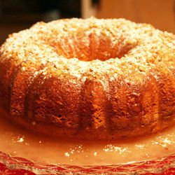Cake with Apples and Raisins
