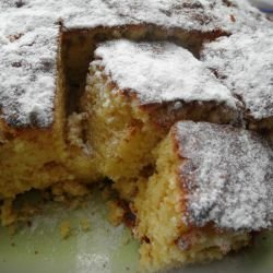 Cake with Cinnamon and Jam