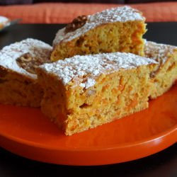 Cake with Walnuts and Carrots