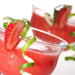 Коктейл Strawberry Colada