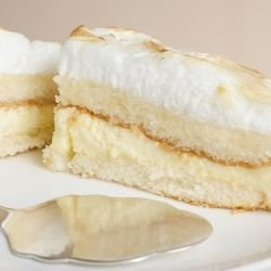 Easy Cake with Whipped Cream
