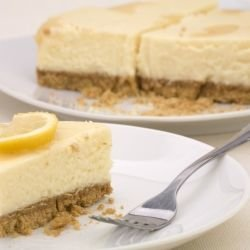 Super Easy Lemon Cheesecake