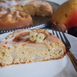 Easy Cake with Pears and Cream Cheese