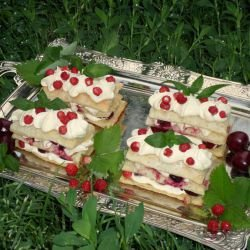 Mille-Feuille with Wild Berries