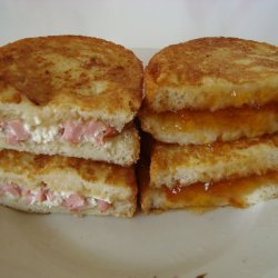 Fried Toast with Ham and Feta Filling