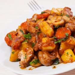 Pork with Potatoes, Mushrooms and Carrots