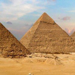 Wonders of the world -  The great pyramid of Giza