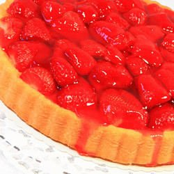 Cake with Strawberries and Jam