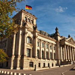 Santa Elena Canyon - The Reichstag in Berlin