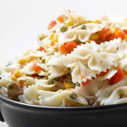Salad with Pasta and Vegetables
