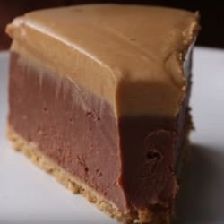 Chocolate Cheesecake with Peanut Butter