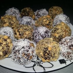 Sweet Balls with Cocoa