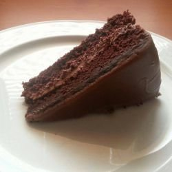Cake with Chocolate Ganache