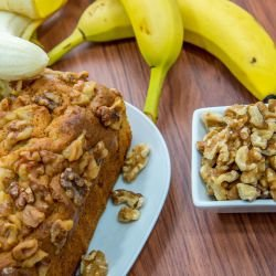 Banana Bread with Walnuts