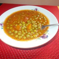 Stew with Peas, Carrots and Tomatoes