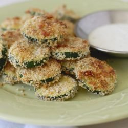 Crunchy Zucchini with Spicy Sauce